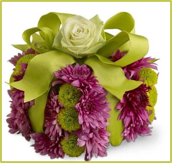 Подарки и букеты из цветов 60